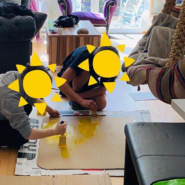 K2 und K3 beim Demoschilder bauen